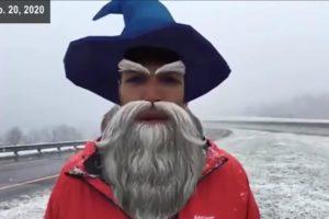 Absurder Filter-Unfall: Wettermann taucht als Magier im Live-Stream auf
