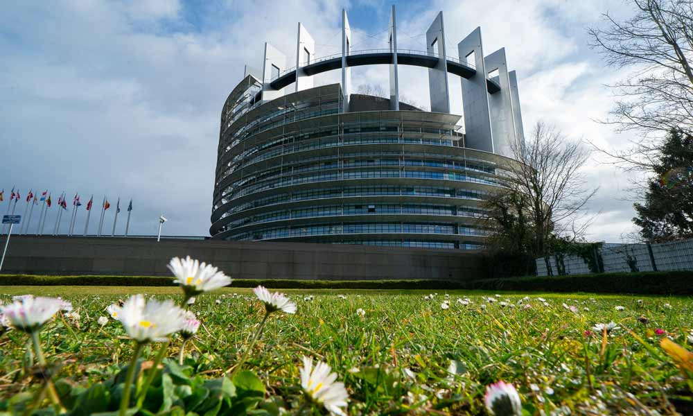 Das europäische Parlament im Frühling