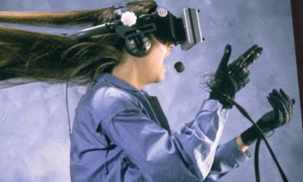 In den 90er Jahren gab Ben Delaney das Virtual-Reality-Magazin CyberEdge heraus. Er begleitete den Aufstieg und den Fall der Branche. Was denkt er heute über VR?