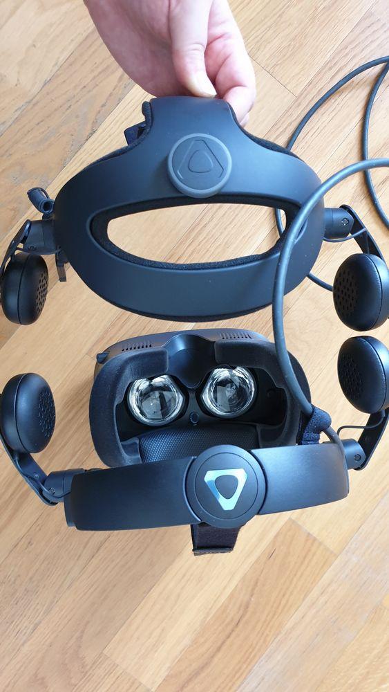 Deluxe Audio Strap im Vergleich mit dem Halo-Ring der Vive Cosmos