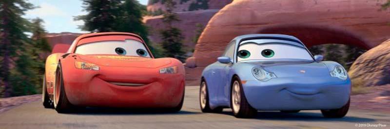 Autos mit Gesichtern drauf aus dem Disney-Film Cars