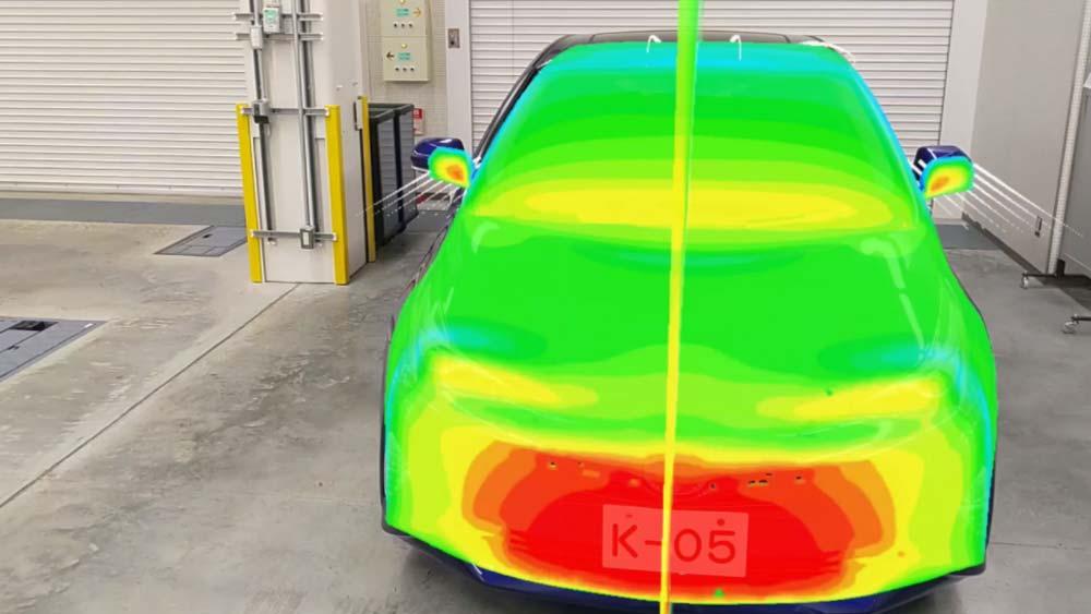 Mercedes & Toyota: Mit Hololens und KI Autos besser reparieren