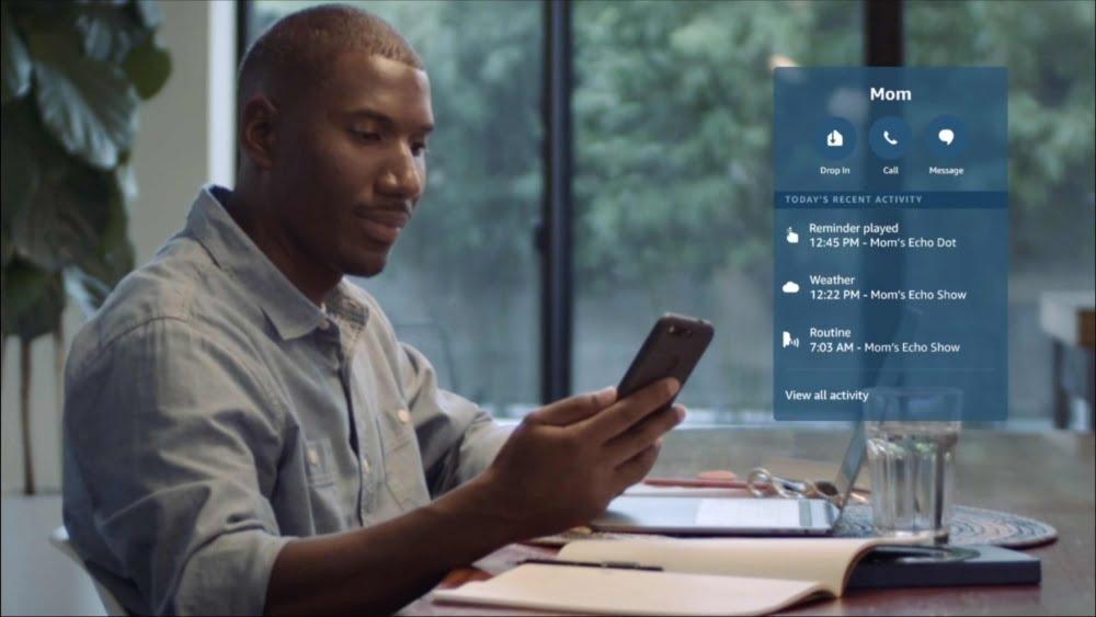 Das Amazon Care Hub sendet Meldungen an die Alexa App.
