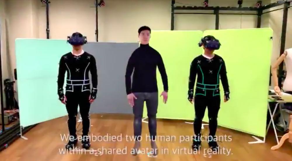 Kurioses Experiment: Zwei Menschen teilen sich einen VR-Körper