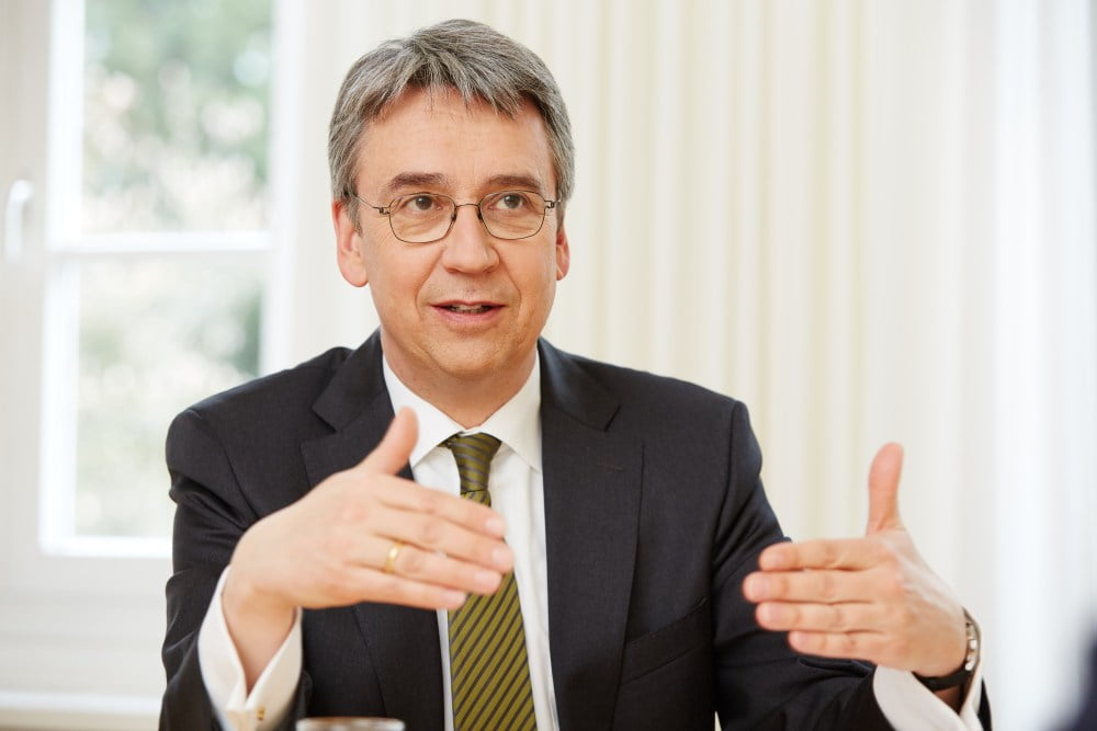 Andreas Mundt, Präsident des Bundeskartellamts, im Gespräch.