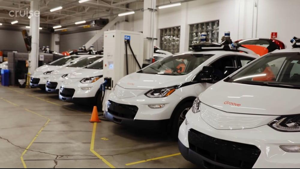 Eine Flotte von autonom fahrenden E-Autos des Unternehmens Cruise LLC.
