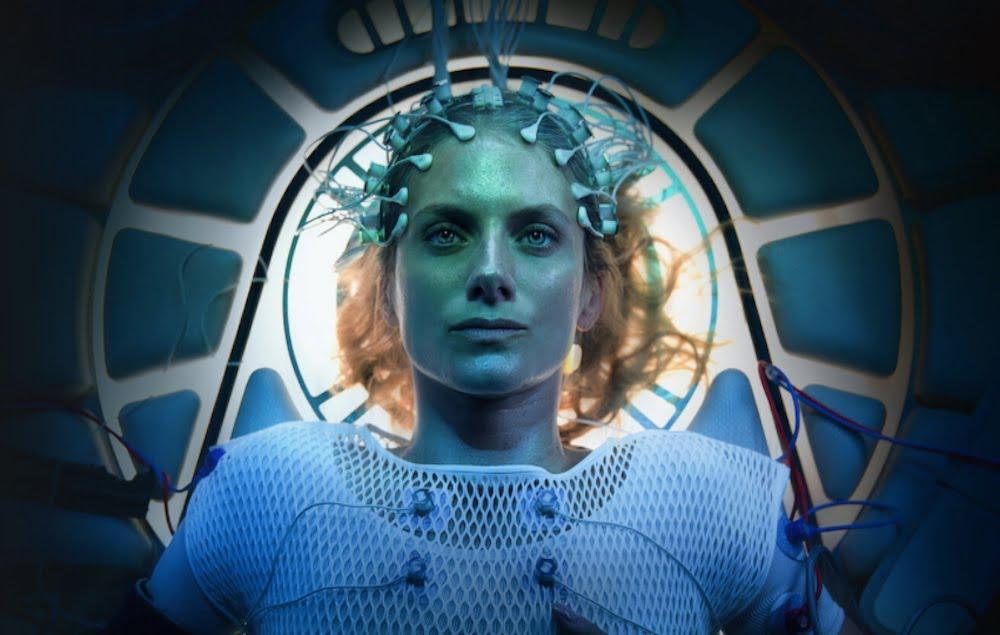 """Sci-Fi-Thriller bei Netflix: In """"Oxygen"""" kontrolliert KI das Atmen"""
