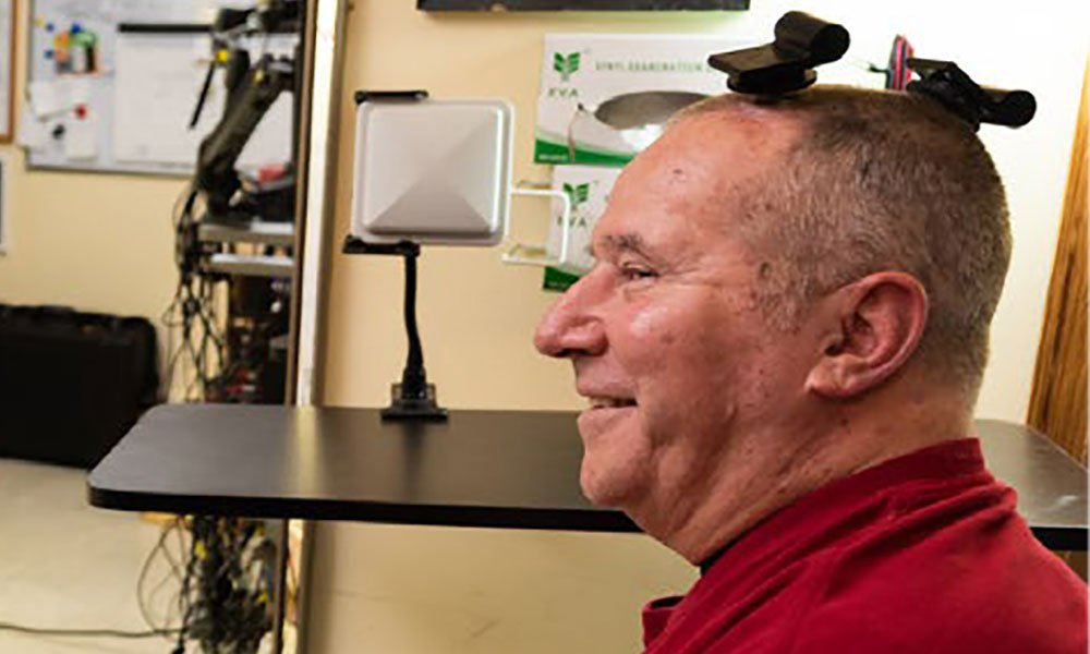 Hirn-Interface: Forscher übertragen volle Neuronenleistung drahtlos