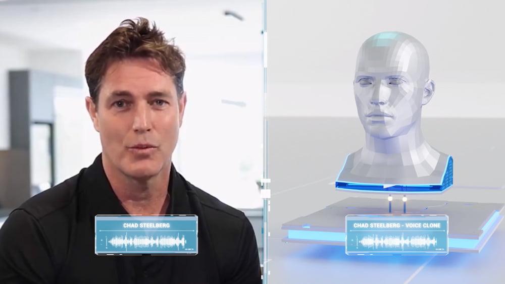 Ein Mann spricht in die Kamera, rechts daneben sieht man einen synthetischen Kopf, der sein Stimmklon darstellen soll