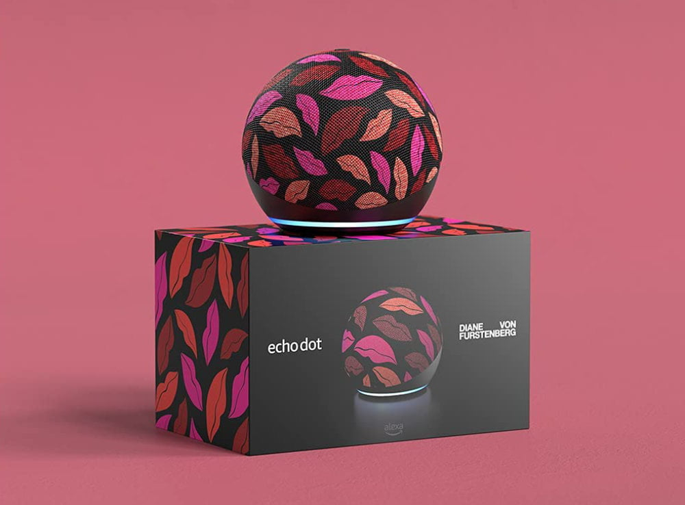"Die Limited Edition ""Midnight Kiss"" des Amazon Echo Dot 4."