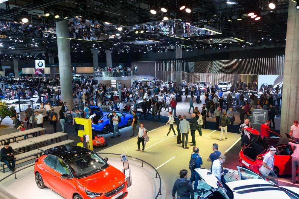 Autonomes Fahren: IAA 2021 zeigt Automated Valet Parking