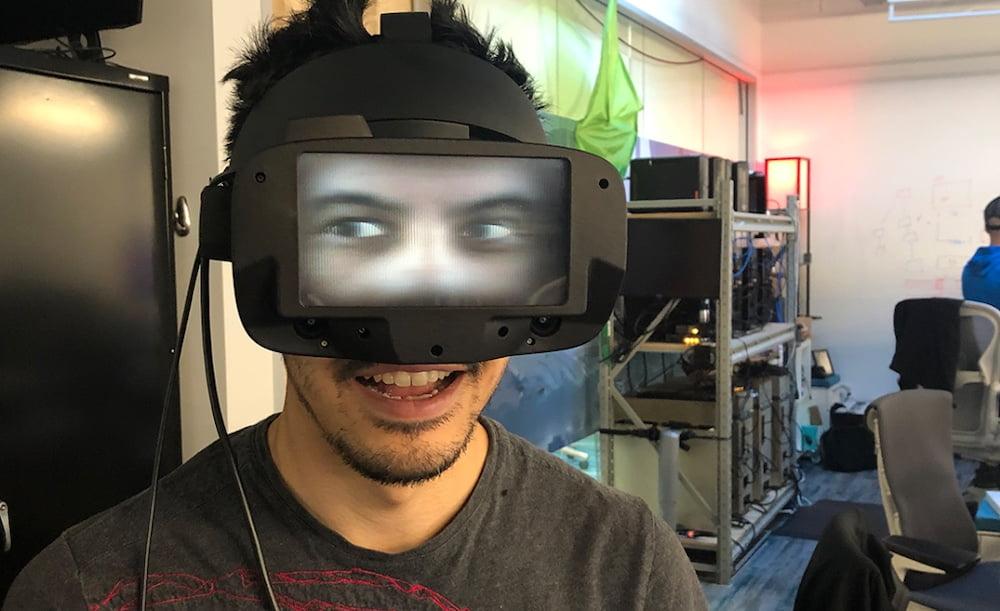 Facebook zeigt VR-Brille mit Durchblick