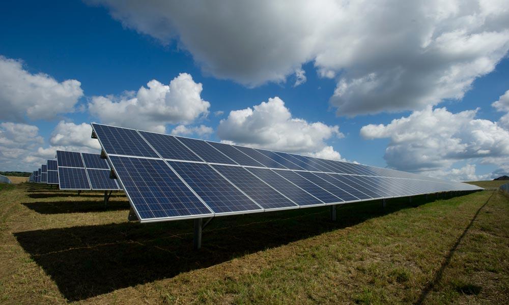 Künstliche Intelligenz: Wie Solarenergie von KI profitiert