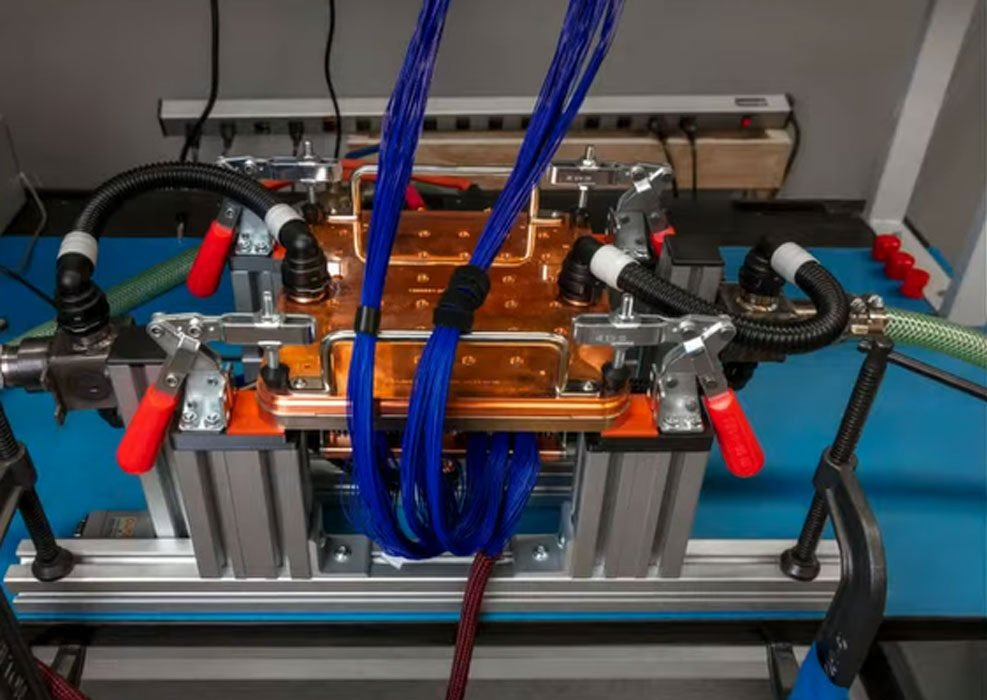 Dojo: Tesla stellt neuen KI-Supercomputer vor