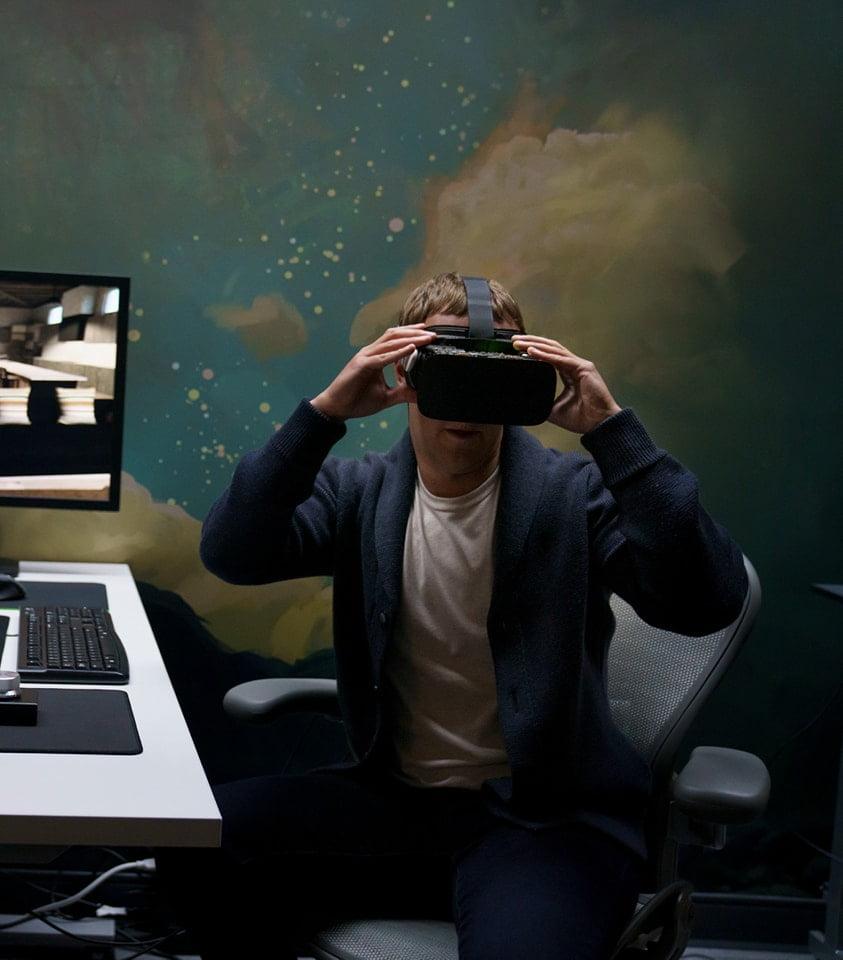 Zuckerberg_testet_Retina_VR_Brille