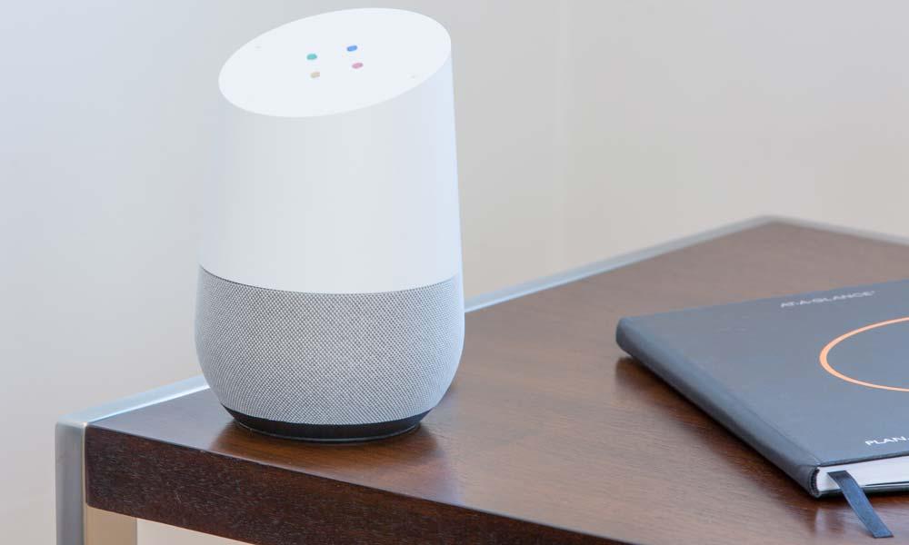 Ein Google Smart Home Lautsprecher