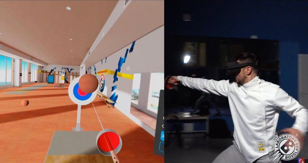 Ein Fechter mit VR-Brille spielt die VR-Fechtsimulation Fencer.