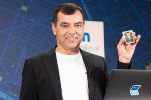 Mobileye-CEO Prof. Amnon Shashua stellt den neuen Lidar-Chip vor.