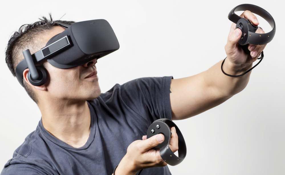 Oculus Rift headgear