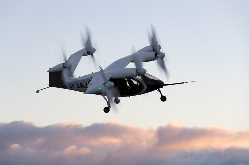 Ein eVTOL von Hersteller Joby Aviation in der Luft.
